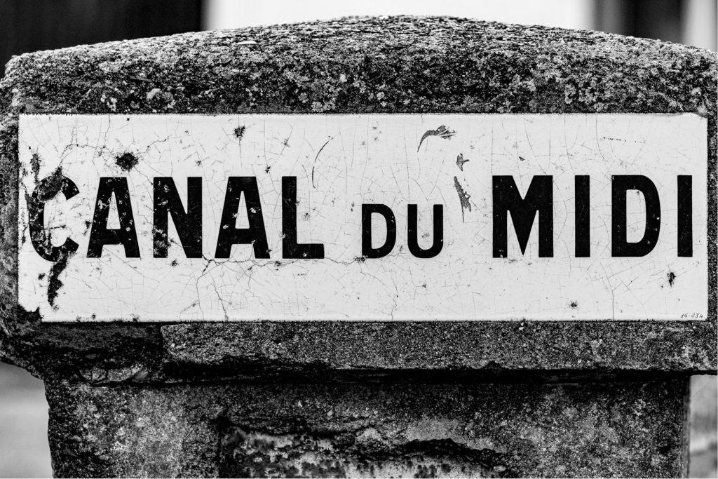 Borne d'identification du Canal du Midi