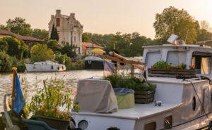 Jolie maison au bord du Canal