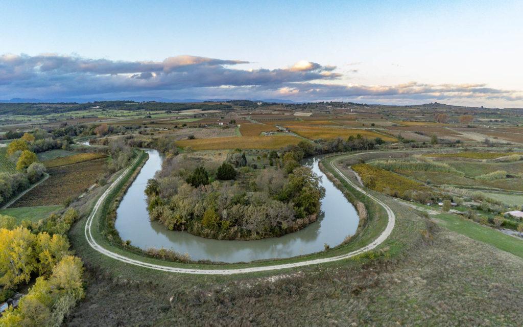 Un méandre du Canal du Midi à Capestang