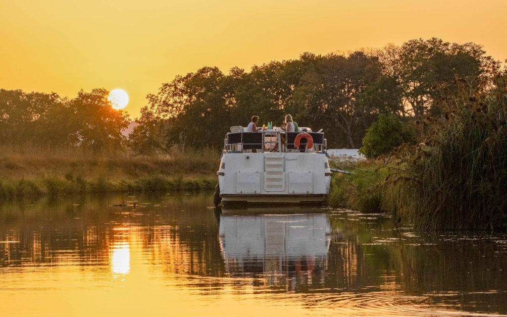Soir d'été sur le Canal du Midi
